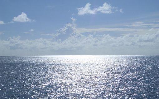 マラッカ海峡ホッピングとモンキービーチでバーベキュー