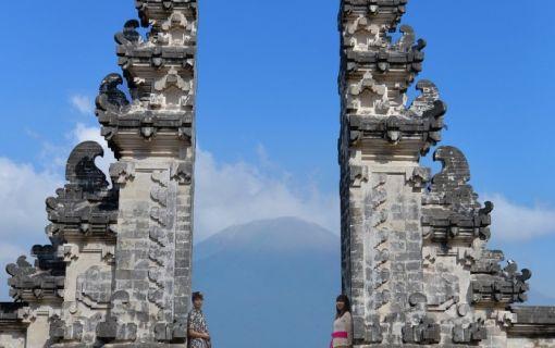 ランプヤン寺院&バリ島東部ツアー