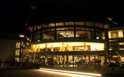 人気リゾート・ルネッサンスバリで選べる3コースディナー(バリ島3大観光地巡り その2)