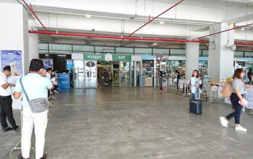 【タイ在住者限定】空港送迎と観光ツアー