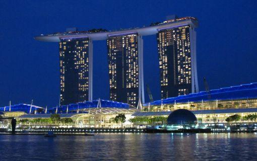 シンガポールフライヤーなしプラン(午後発!シンガポールのパワースポットとトライショー&夜景ツアー)