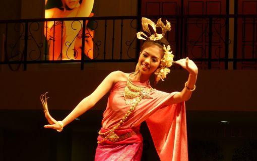 タイ古典舞踊  /  タイセットディナー(アジアティーク内、カリプソと同じ建物)