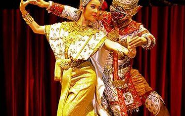 タイ古典舞踊と夕食 (アジアティーク, バンコク)
