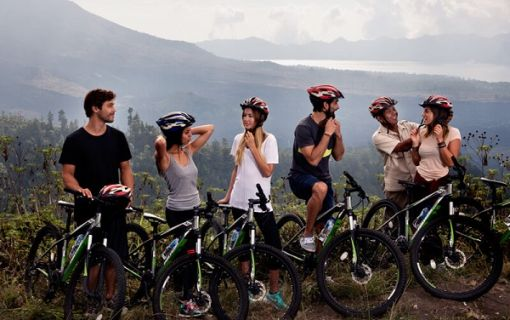 バリ島でサイクリング!(キンタマーニ高原)